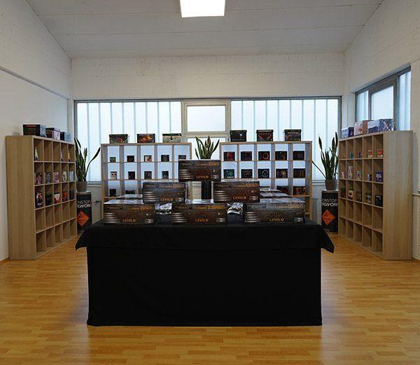 FlyFire Profi-Shop mit Silvesterverkauf ab Lager in Pfungstadt