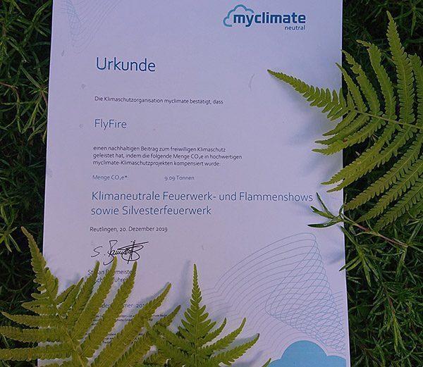 myclimate Urkunde zur Bestätigung der Klimaneutralität von FlyFire